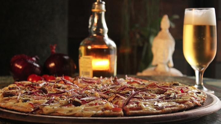 Pizzaria na Vila Madalena tem ambiente zen e massas integrais